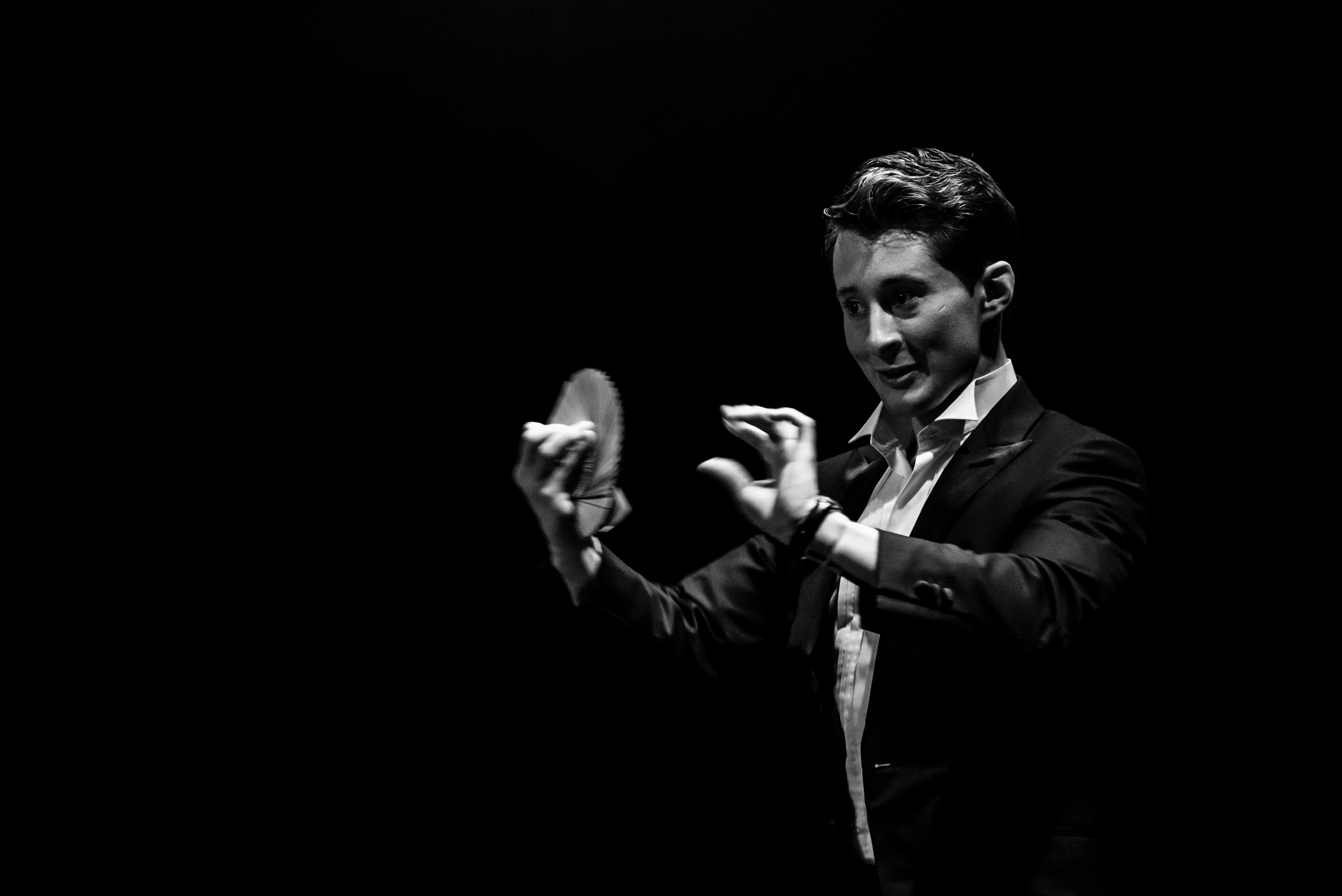 Spectaculaire goochel act Cabaret Brussel