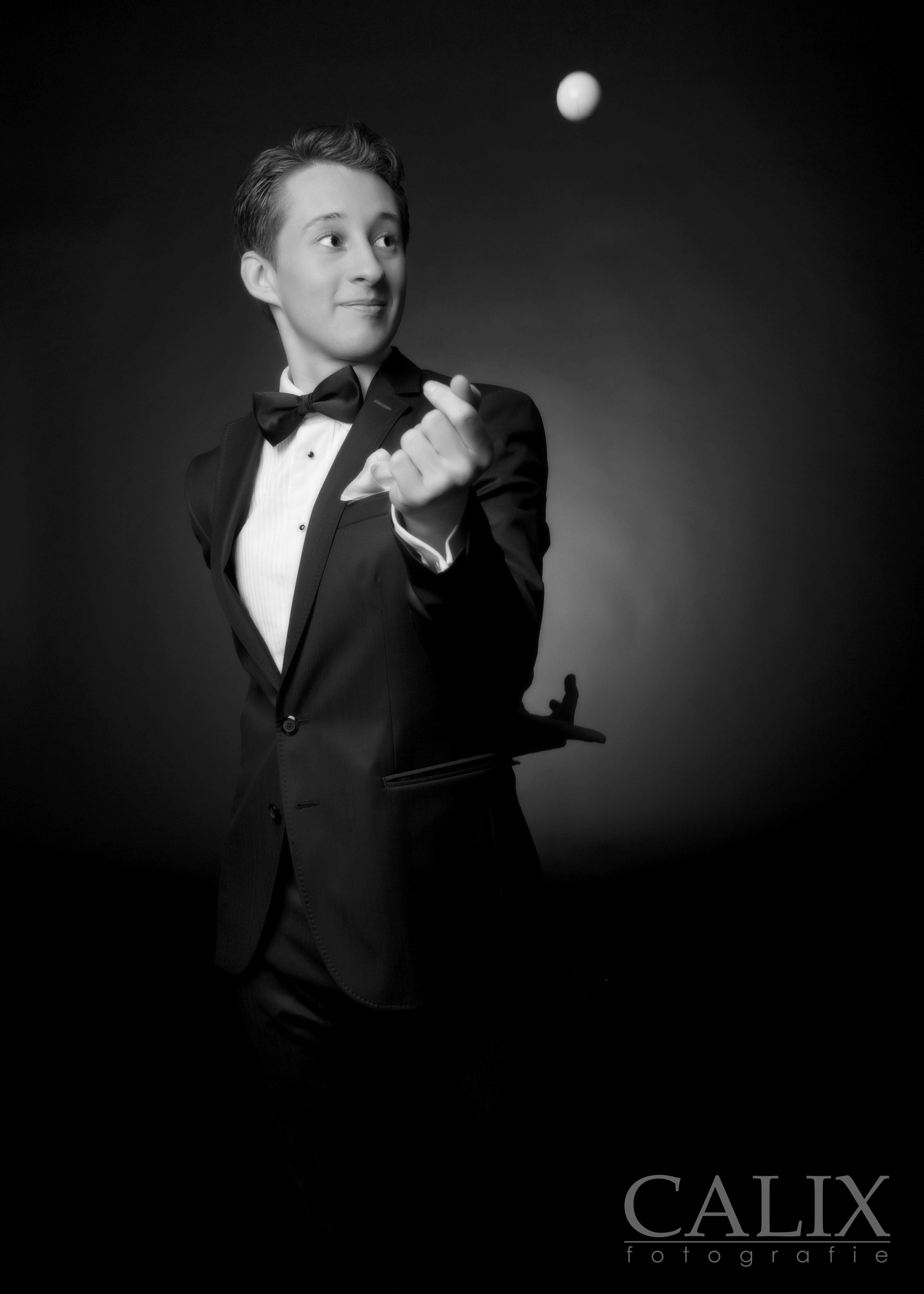 Rafael Scholten Gentleman Goochelaar aan tafel